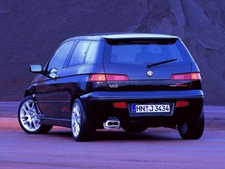 Alfa Romeo 145 2000